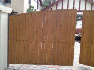 T.F.-swing-gate-2-300x225
