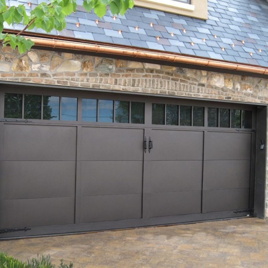 Modern aluminum mountain fox doors for Garage door materials